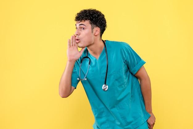 Visione frontale medico il medico consiglia un nuovo vaccino contro covid-