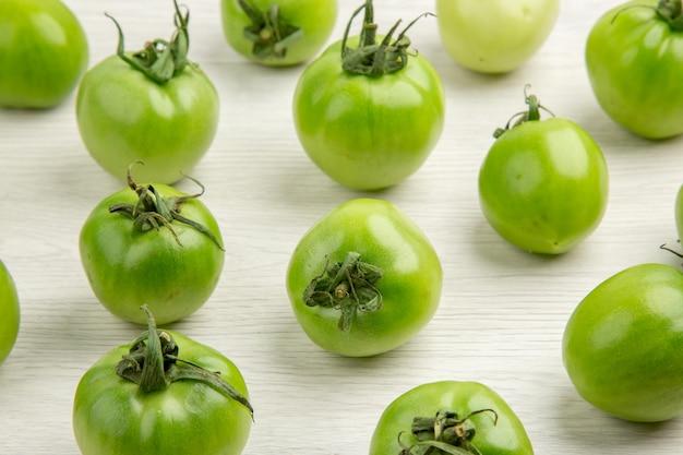 흰색 책상 색상 잘 익은 샐러드 사진 식사 건강 생활 다이어트에 전면보기 그린 토마토