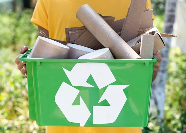 Вид спереди перерабатываемых продуктов индивидуального хранения