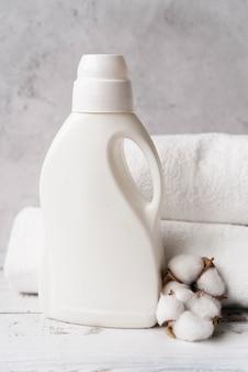 Моющее средство для макета спереди