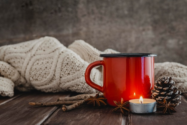 Front view mug with candle and pullober