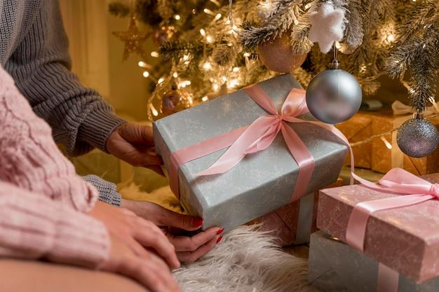 Вид спереди красивой рождественской концепции
