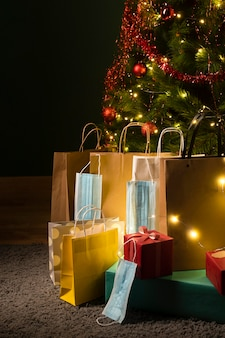 美しいクリスマスプレゼントの正面図