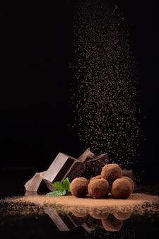 Вид спереди вкусного шоколада