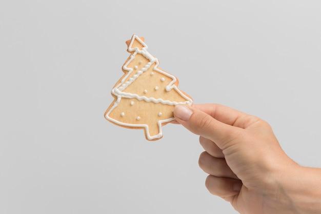 손 잡고 크리스마스 트리 쿠키의 전면보기