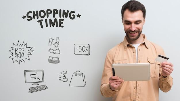 Вид спереди человека с покупками концепции