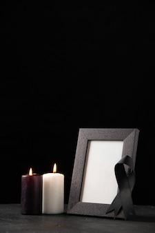 블랙에 촛불 액자의 전면보기