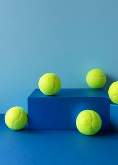 모양에 테니스 공의 전면보기