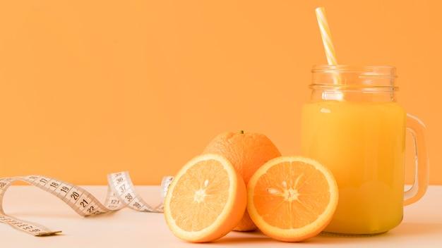 ジュースと正面オレンジ