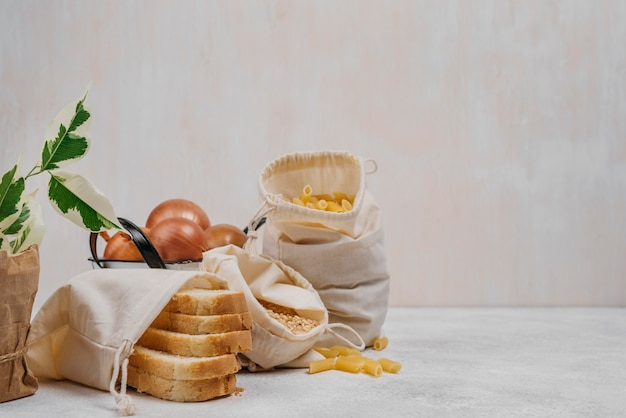 Ingredienti alimentari dispensa vista frontale