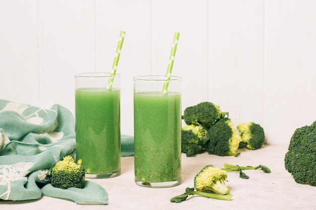 Front view refreshing green smoothies