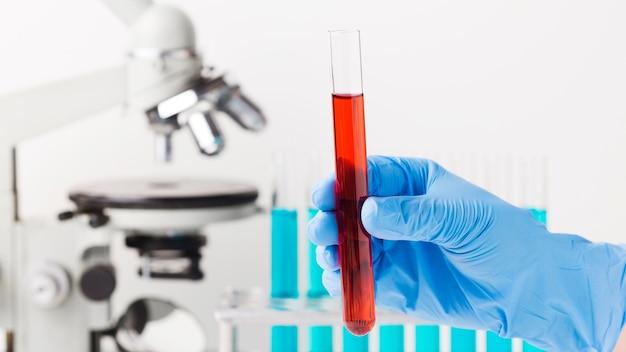 실험실에서 전면보기 과학 요소 배열