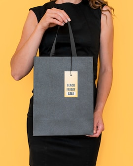 Front view shopping bag with black friday label