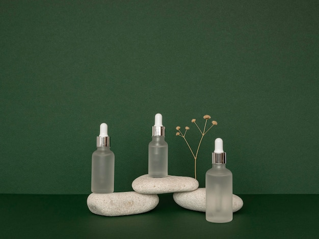 Front view skin oil droppers arrangement with stones