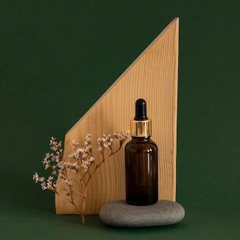 Front view skin product dropper arrangement