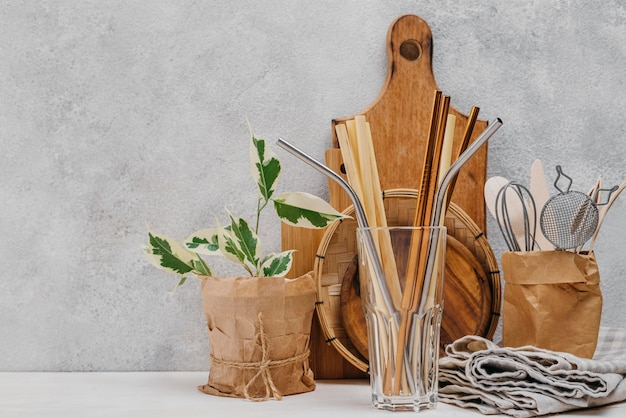 Front view straws and plant