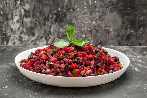 Front view vinaigrette salad with beet and beans on grey background