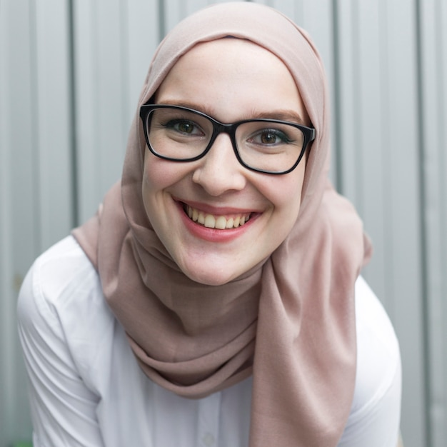 Front view of woman wearing glasses