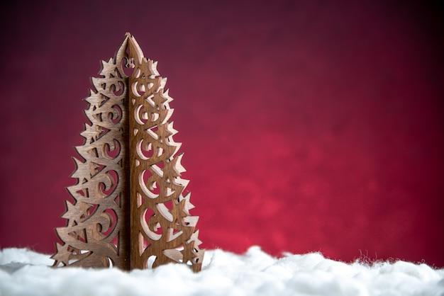 正面図木製のクリスマスツリー
