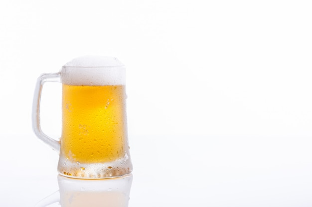 냉동 맥주 잔