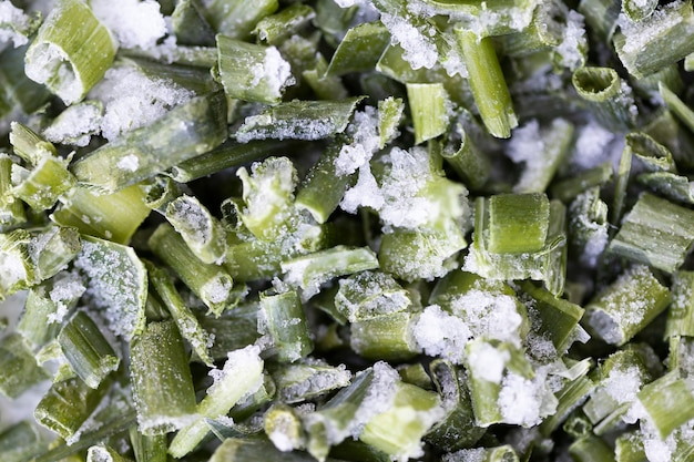 냉동 요리 채소 클로즈업입니다. 잘게 썬 양파