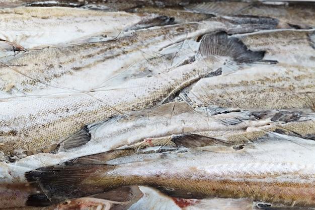 Замороженная в блоке ледяной рыбы, минтай