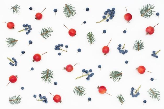 Фруктовый и цветочный узор ягодного леса
