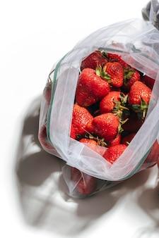 Фрукты в эко-сумке без отходов