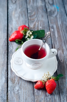 Fruit tea with strawberries