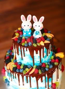 フルーツウエディングケーキ。