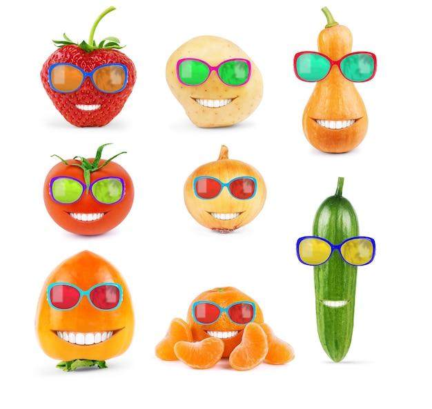 白い背景の上のサングラス、大規模なセットの果物と野菜