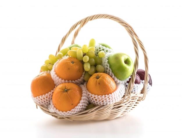 Frutta in un cesto