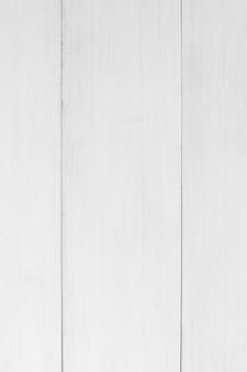 白い木製の厚板のフルフレーム
