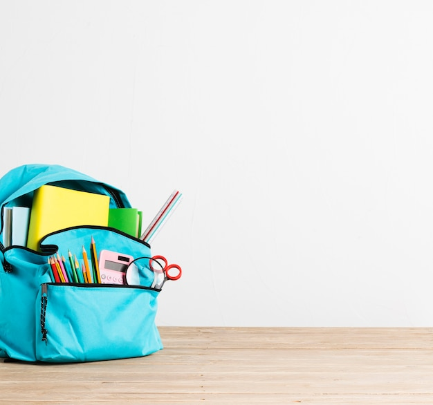 Полный канцтоваров и книг синий школьный рюкзак