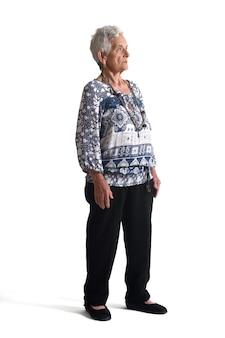 白地に年配の女性の完全な肖像画
