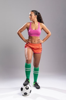 Full shot adult woman in sportswear