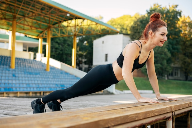 Полная тренировка женщины