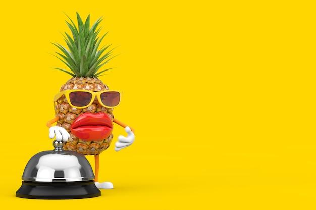 Забавный мультфильм моды hipster cut талисман персонажа ананаса с гостиничным обслуживанием bell call на желтом фоне. 3d рендеринг