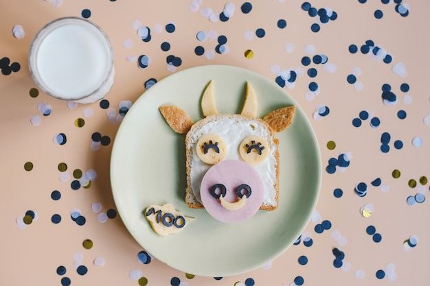 Funny breakfast toast for kids