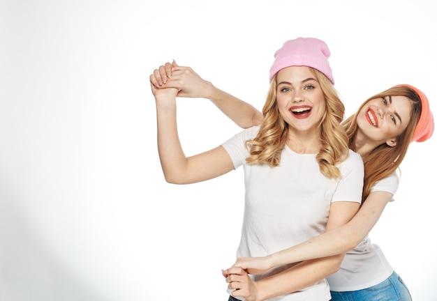 재미있는 여자 친구 티셔츠 포옹 라이프 스타일 기쁨 패션