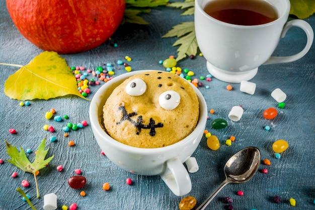 Funny kids mug cake for halloween