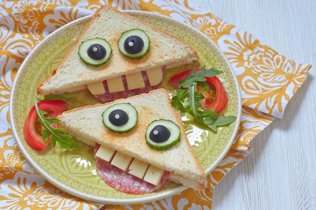 Весёлый бутерброд для детей, обед