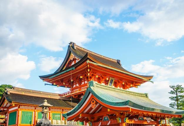 京都、日本のfushimiinari大社shrinetemple