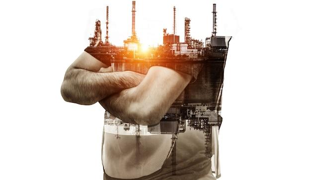 창의적인 그래픽 디자인의 미래 공장 공장 및 에너지 산업 개념. 차세대 전력 및 에너지 사업을 보여주는 이중 노출 예술을 갖춘 석유, 가스 및 석유 화학 정유 공장.