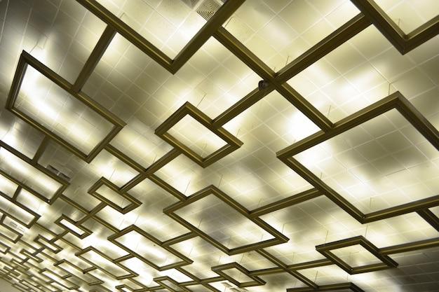 未来的な屋根の天井の背景