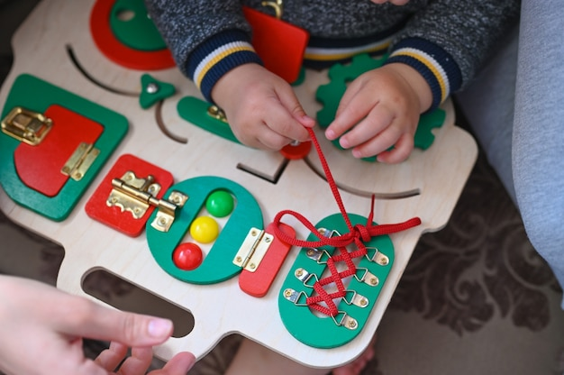 Game for the development of fine motor skills in a child