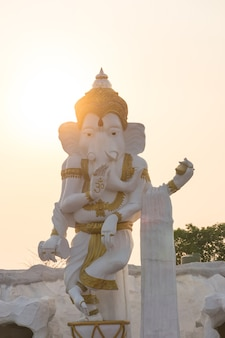 Ganesha statue hindu god