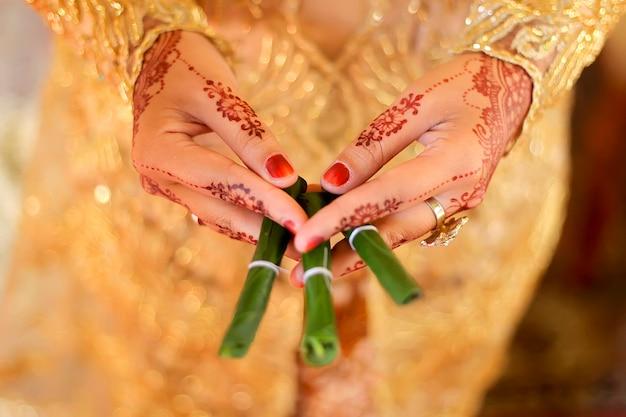 ジャワの結婚式のgantal suruh ornament