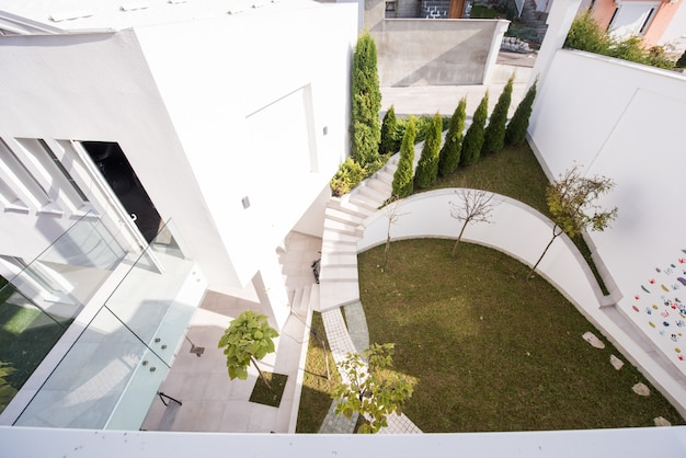 Garden in front of modern house