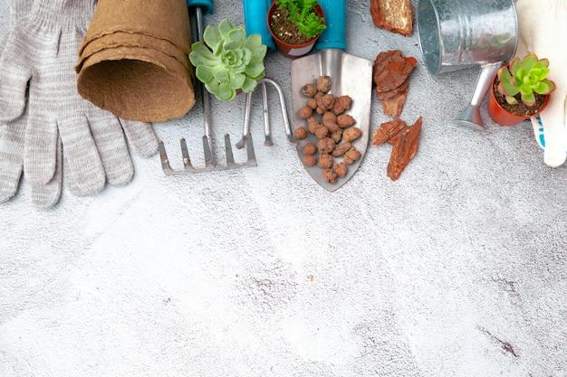 園芸工具および上面図、庭の管理
